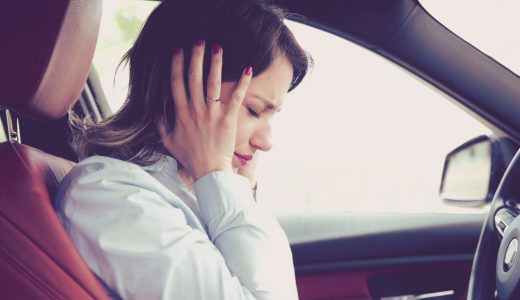 車のエアコンで頭痛が起きる?原因と対策について