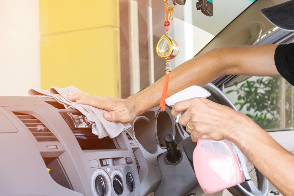 エアコンガス漏れ止め剤の実際の使い方