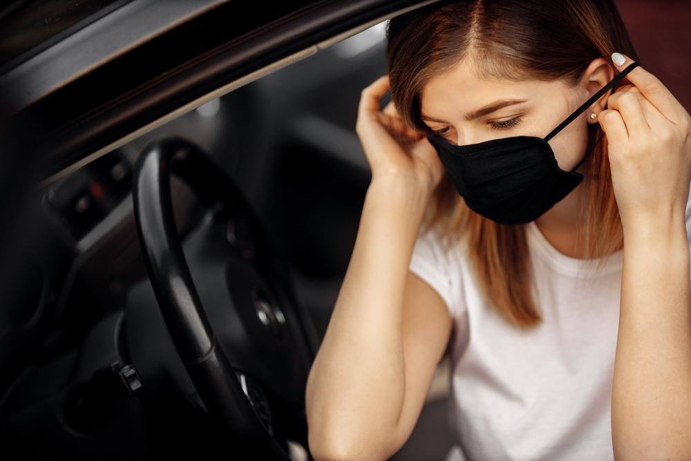 花粉は車の内部にも蓄積する