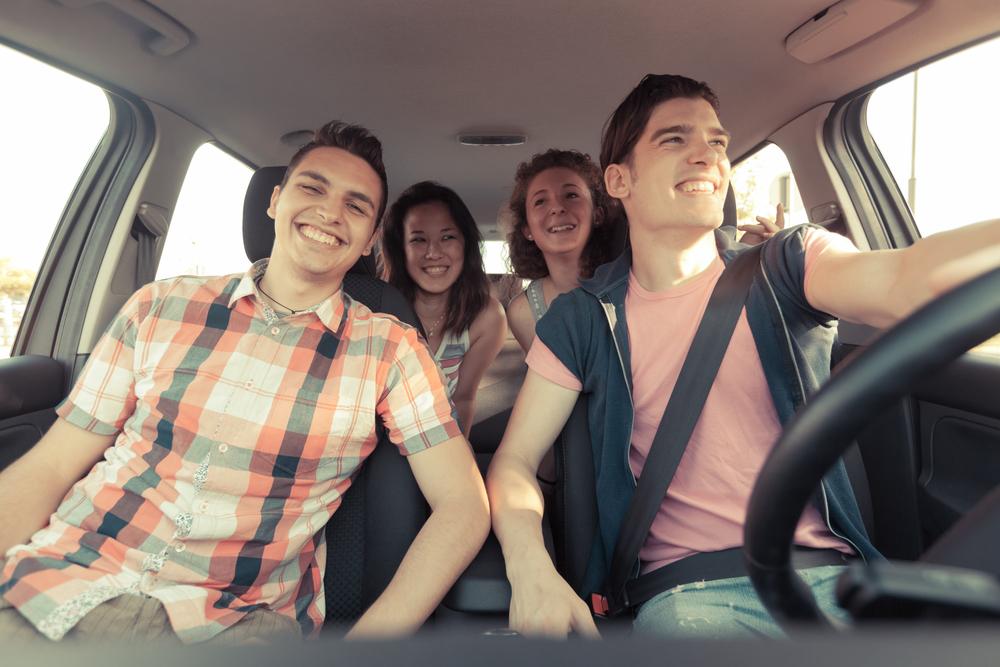 真夏の快適車内の決め手は清潔なカーエアコン