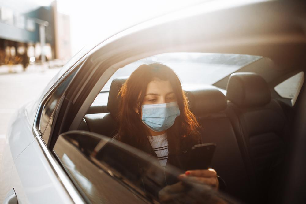 車の異臭で注意すべき臭い
