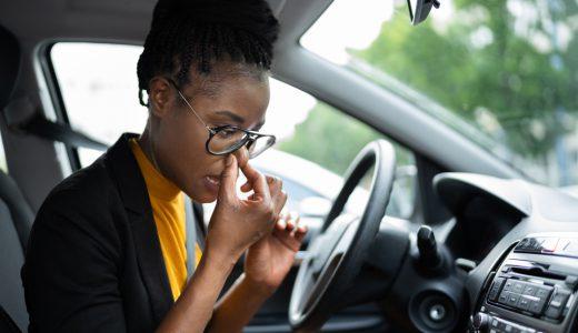車内がゴム臭い時の原因と対処法!その他注意すべき臭いもご紹介