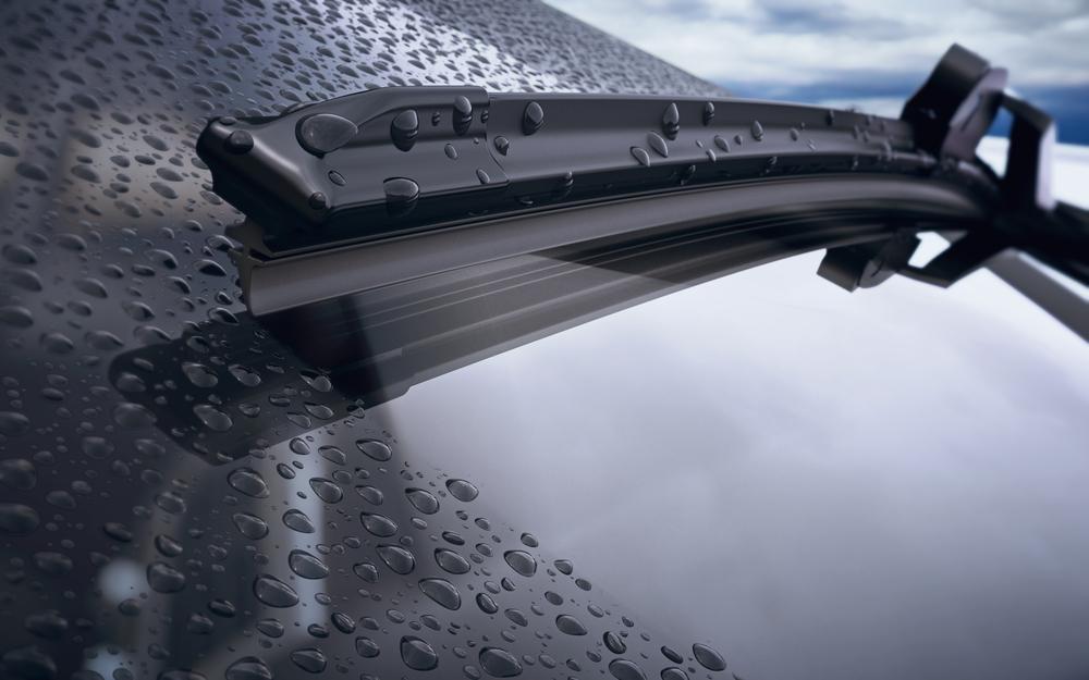 雨の日の車の臭いはカビが原因!?