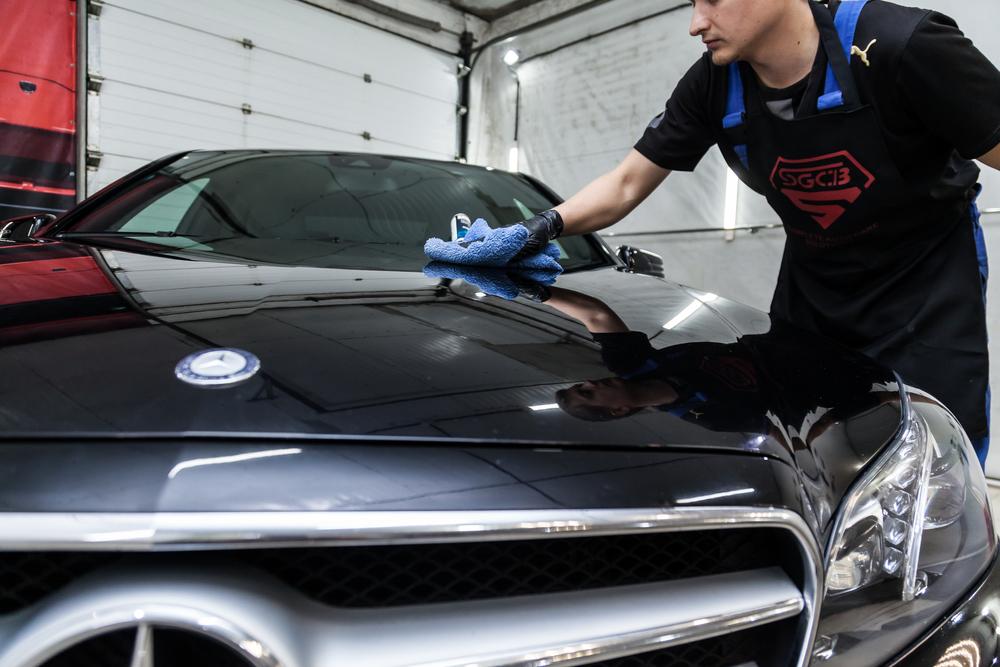 車内の丸洗いはどこに依頼すればよいか