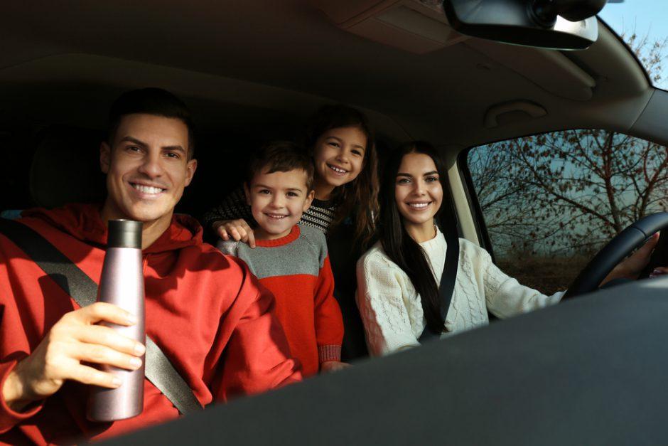 冬の車内を温める方法と寒さ対策のポイントを解説