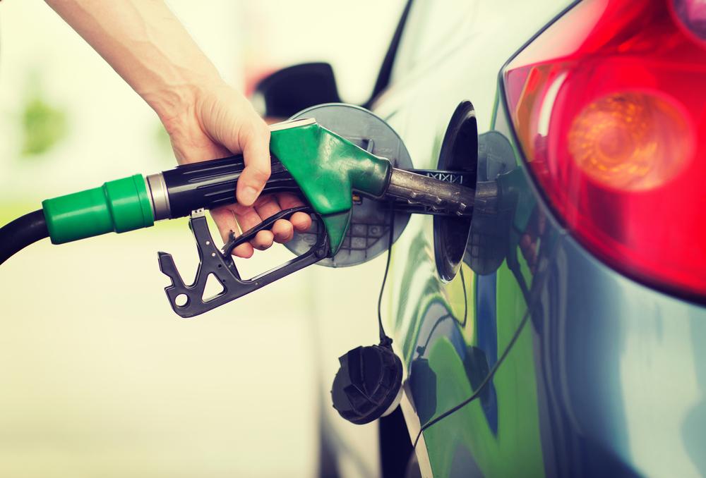 カーエアコンによる燃費悪化を抑えるコツ