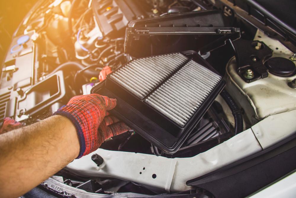 車のエアコンフィルターの交換方法