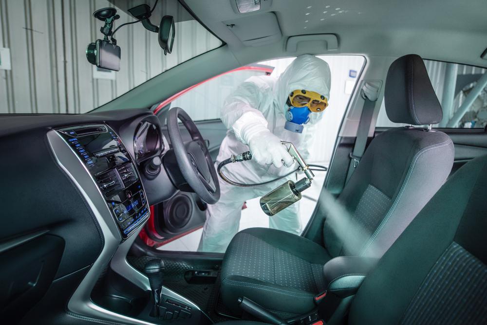 コロナ対策は車内の洗浄から