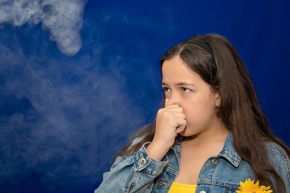 カーエアコンからガス臭がする原因