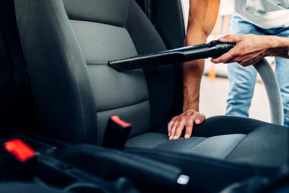 洗車は車内まで!快適空間を作る掃除のコツ
