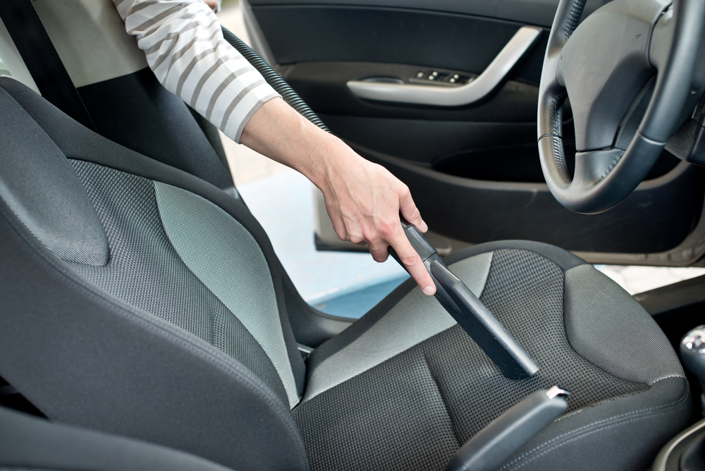 車内の汚れ防止で行いたい対策